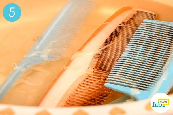 soak the combs for 30 minutes to clean a dirty hair comb