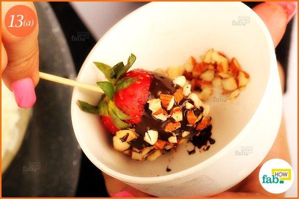 Embellish strawberry with almonds