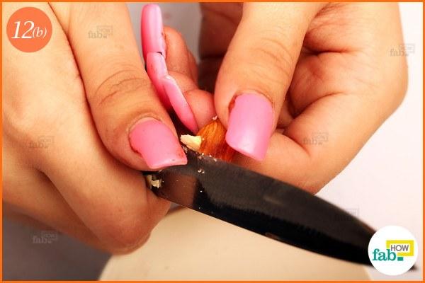 Chop almonds