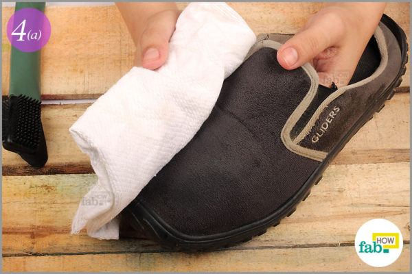 Dry the shoes with a lint free cloth