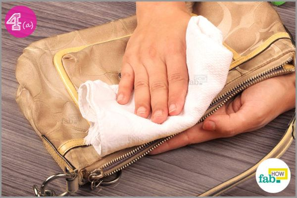 Wipe moisture with lint free cloth