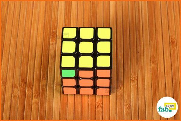 Make corners yellow 7