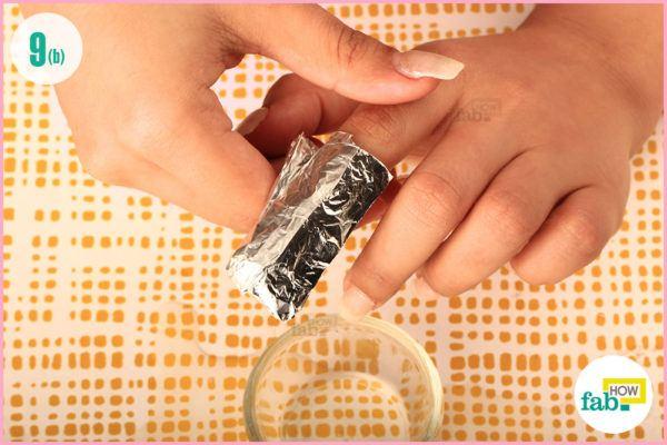 Wrap aluminium foil like toffee