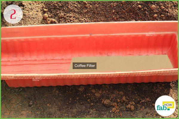 line planter for drainage