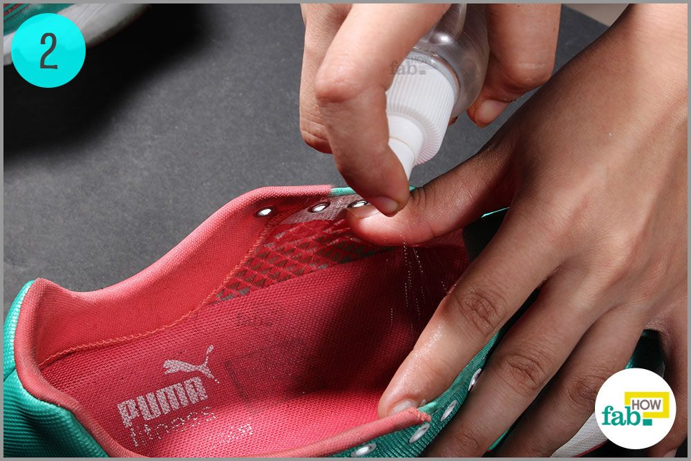 Spray The White Vinegar Solution All Over Your Shoes Inside As Well Outside Let Air Dry If You Are Repelled By Smell Of