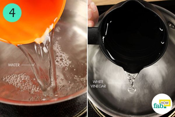 Combine water and vinegar in a saucepan