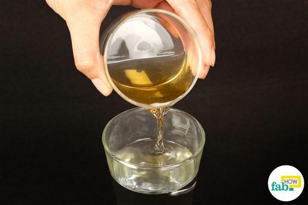Step-1.Add apple cider vinegar to water