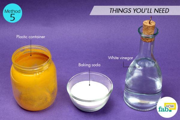 Using baking soda and white vinegar things need