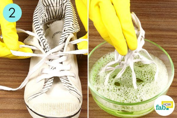 step-2-remove-the-lacesand-dipthem-in-the-detergent-solution