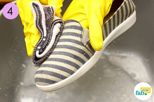 step-4-remove-any-paste-residue-and-let-your-shoesdry