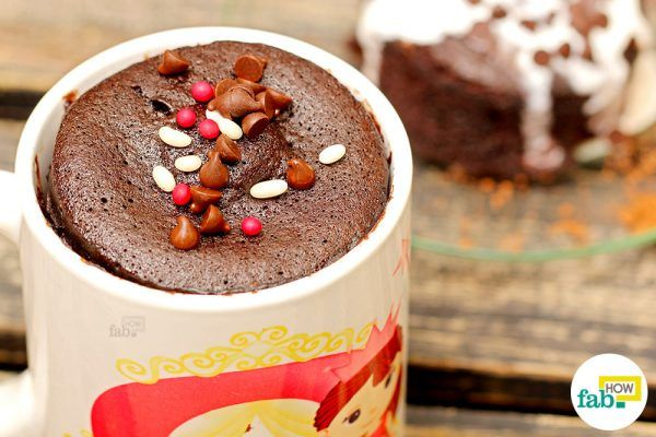 how to make a chocolate mug cake in microwave