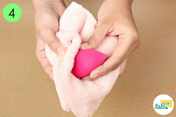 dry beauty blender with soft towel