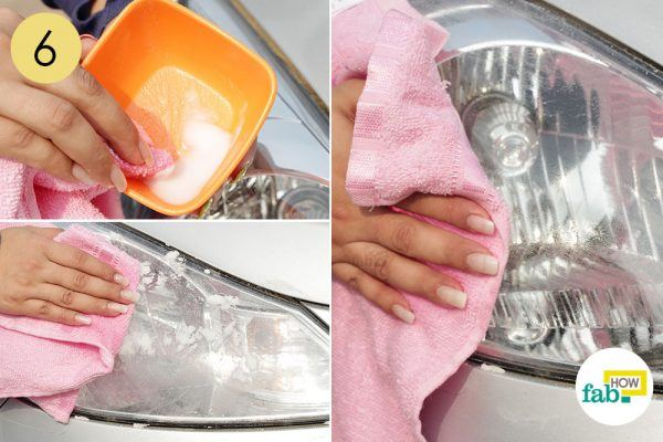 clean car headlight with vinegar and baking soda paste