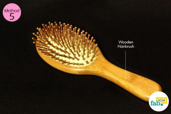 wooden hairbirush for static hair