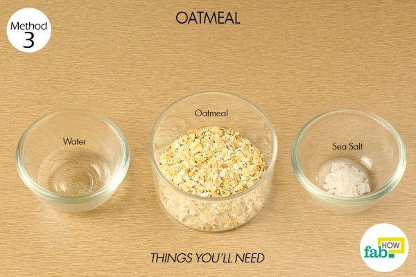 oatmeal scrub to exfoliate your skin