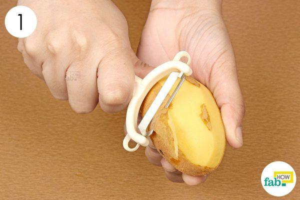 peel potatoes for dark underarms