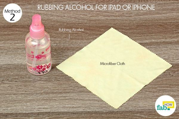 cleaning ipad and iphone screen with rubbing alcohol