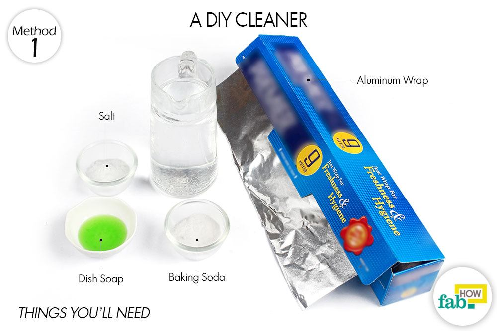 How to clean gold and make it shine we tested 5 methods fab how clean gold with diy cleaner things youll need solutioingenieria Images