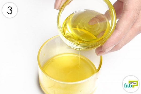 make a natural polish with beeswax and olive oil