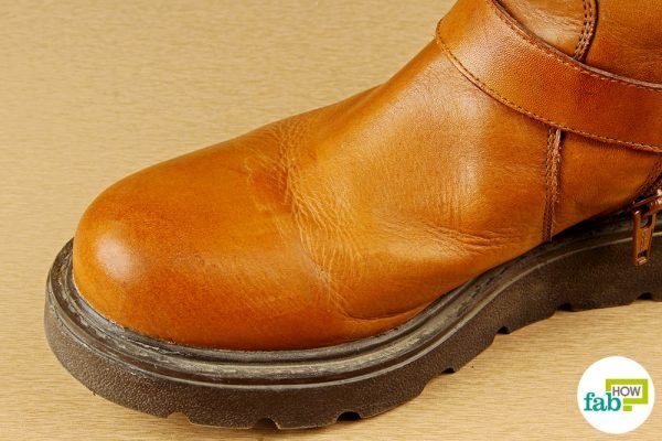 clean boots with toothpaste