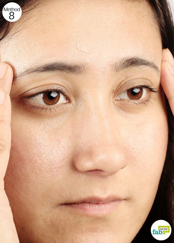 massage vicks on forehead for relief from headache