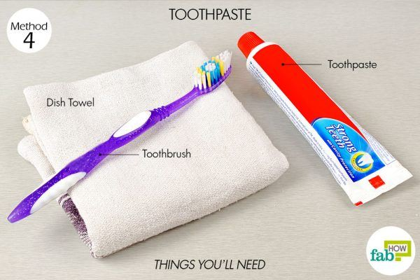 use toothpaste to remove coffee and tea stains from mugs things need