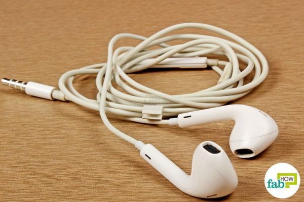 final cleaning earbuds with rubbing alcohol