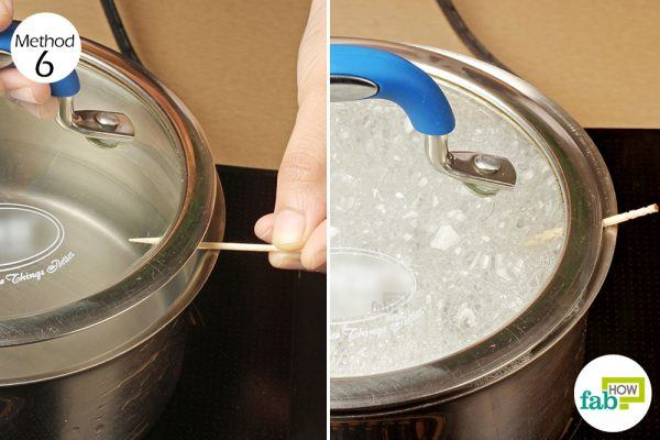 stick a toothpick between the rim of the pot and its lid
