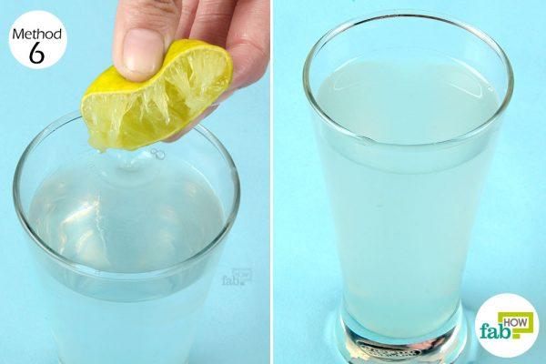 mix lemon juice into water and consume