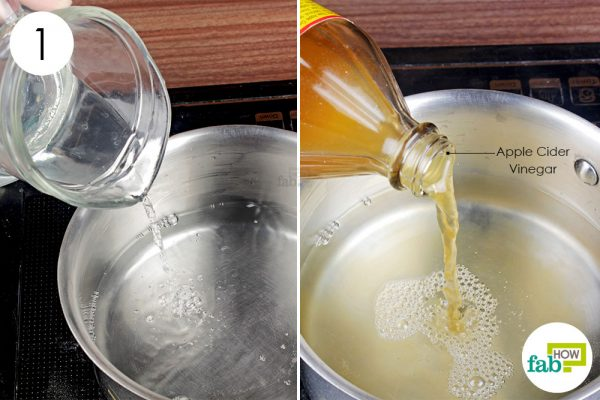 pour water and apple cider vinegar in a pan