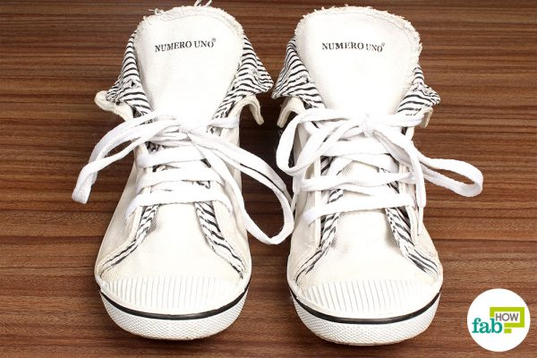 final whiten shoes with toothpaste