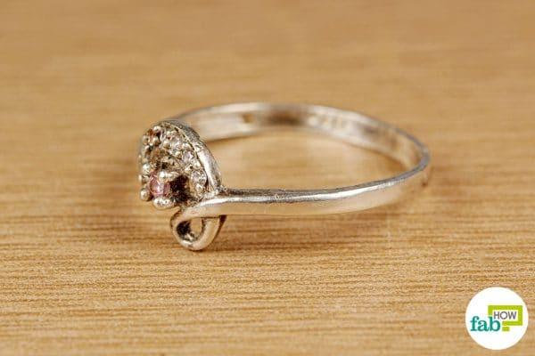 final make jewelry sparkle with windex