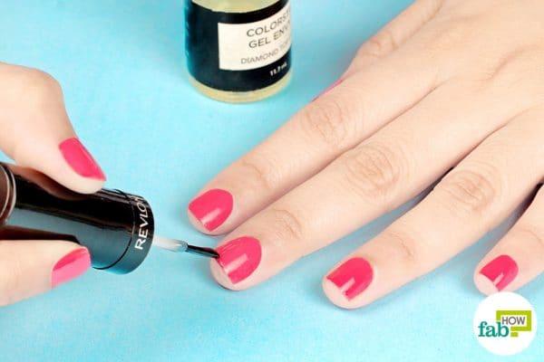 how to apply nail polish like a pro
