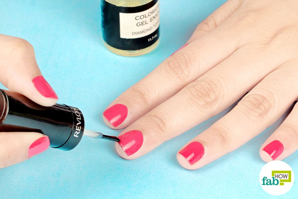 How to Apply Nail Polish Like a Pro (Step-By-Step Guide with Pics)