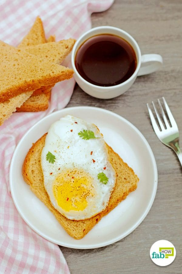 intro make sunny side up eggs