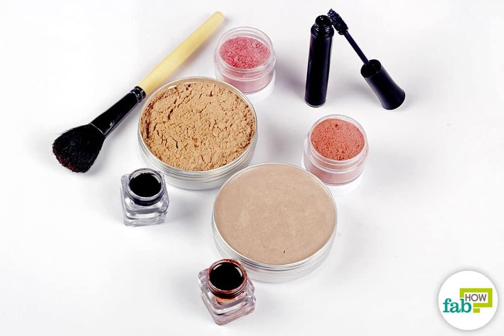 Good Natural Makeup Products