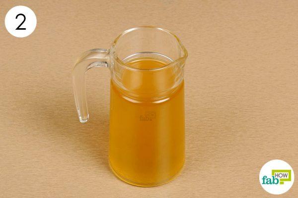 apply apple cider vinegar solution