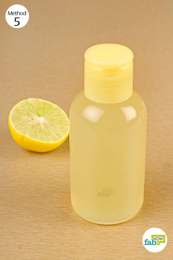 treat oily scalp with lemon juice