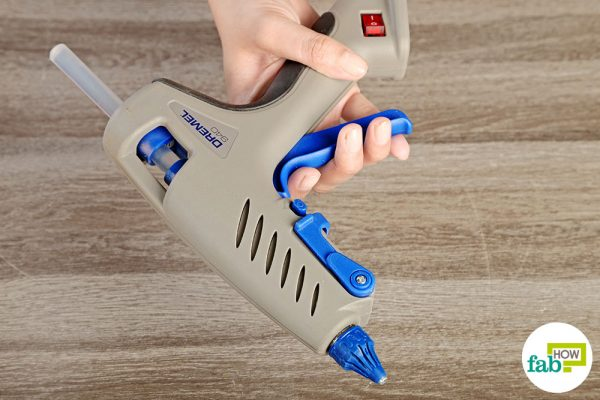final cleaning glue gun