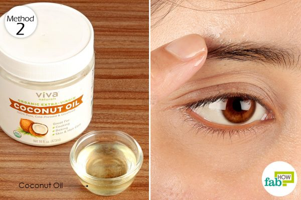 apply coconut oil on your eyebrows