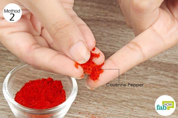 put cayenne pepper on the cut