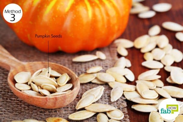 use pumpkin seeds to get rid of worms