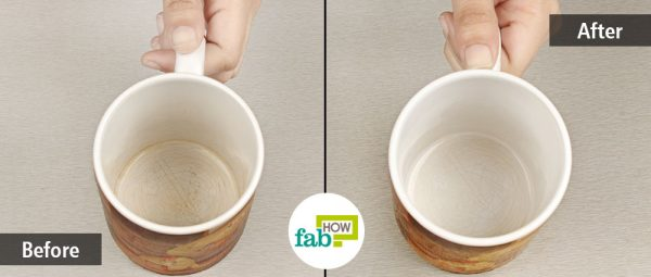 Get rid of stains from your coffee mugs