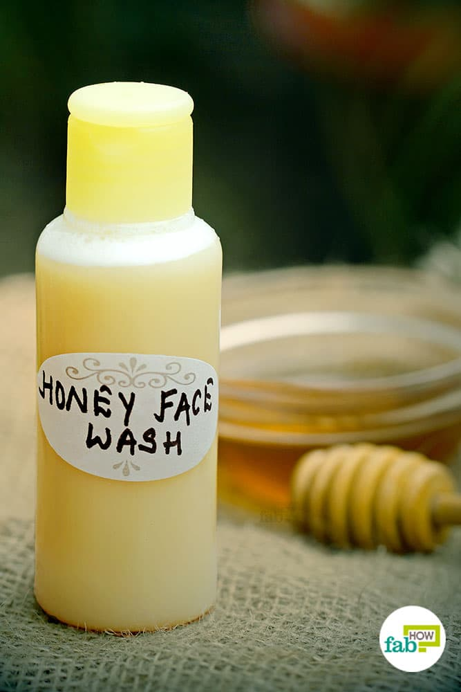 Diy homemade face wash and cleanser for the clearest skin ever fab how use diy honey face wash for glowing skin solutioingenieria Gallery