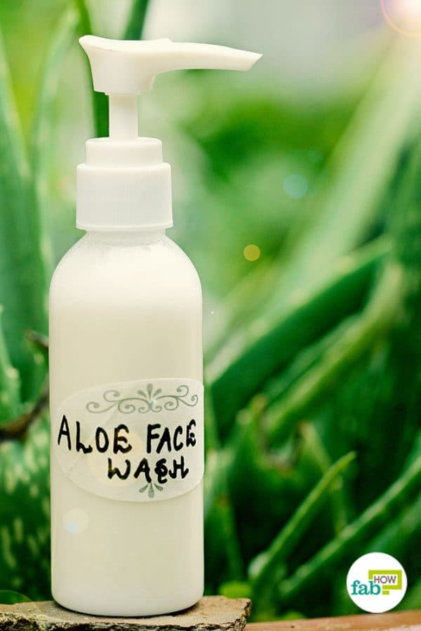 Use aloe vera face wash for clear skin