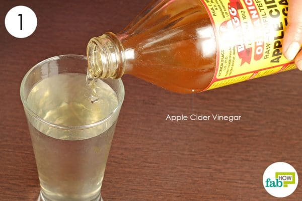 Dilute apple cider vinegar in a glass of warm water to get rid of hypothyroidism