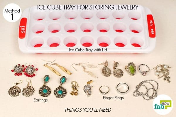Store your jewelry in a lidded ice cube tray.