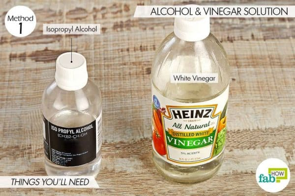 Things needed to get rid of swimmer's ear using white vinegar and isopropyl alcohol