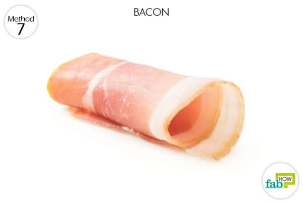 Bacon contains certain properties that help the blood coagulate faster to stop a nose bleed