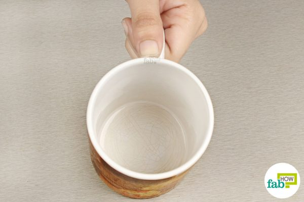 Use this cleaning hack to clean the inner surface of your favorite coffee mug